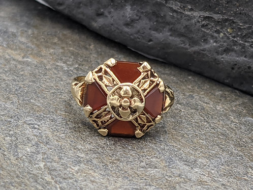 Art Nouveau Carnelian Ring in 10k Yellow Gold
