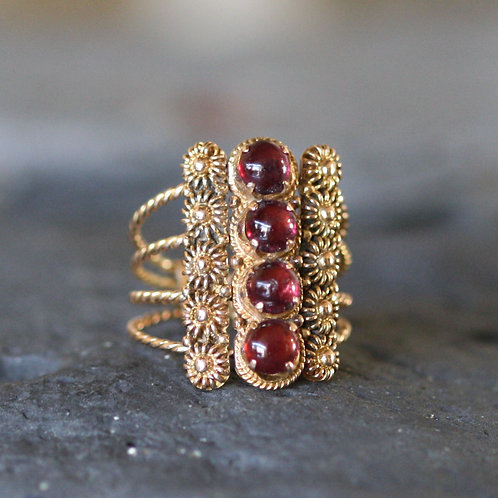 Antique Harem Ring Gypsy Ring Turkish Wedding Ring in 10k Pink Gold with Garnets
