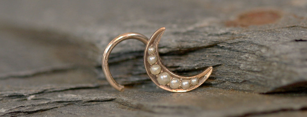 Victorian Crescent Moon Cartilage Stud / Pearl Stud in 10k Pink Gold
