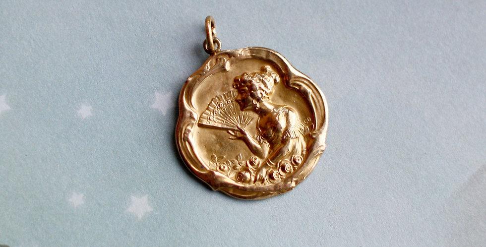Antique Art Nouveau 18k Yellow Gold Pendant / Alphonse Mucha Style Art Nouveau