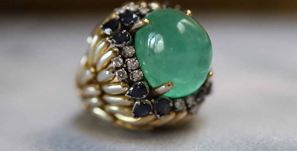 Large Emerald Cocktail Ring with Sapphire & Diamonds in 18k Yellow Gold