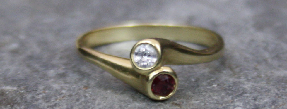 Contemporary Moi et Toi Ring in 14k Yellow Gold Ruby and Diamond Ring