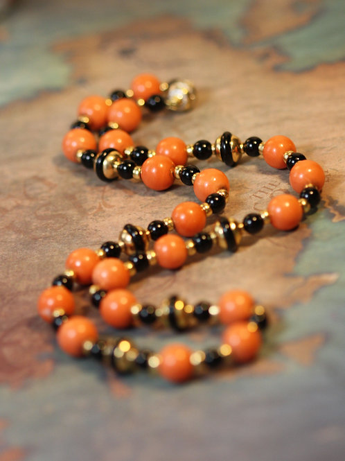 Art Deco Coral Onyx and 14k Yellow Gold Necklace with Diamond Clasp 20 Inch Leng