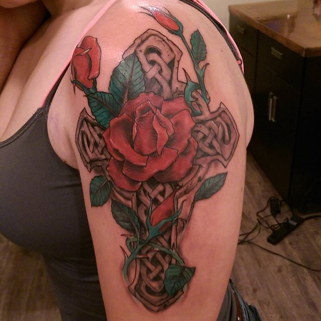 Instagram - lookie here! #crosstattoo #celticcross #rosetattoo #roses #redcrowst