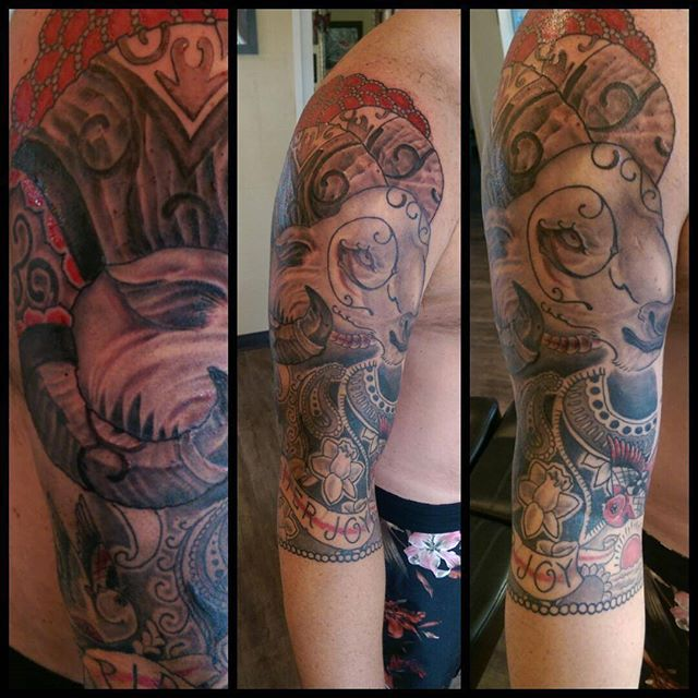 4, Pretty much finished up today except that little spot on the back of the arm that nobody really w