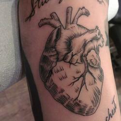 Instagram - #redcrowstudio #anatomicalheart #tattoo