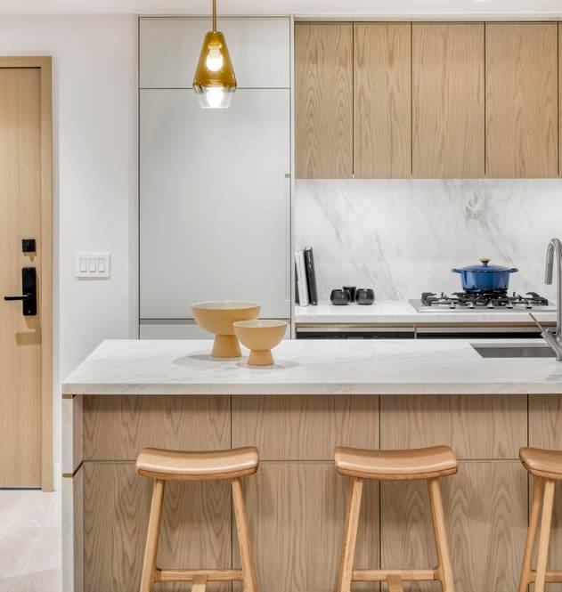 208 1B kitchen 1.jpg
