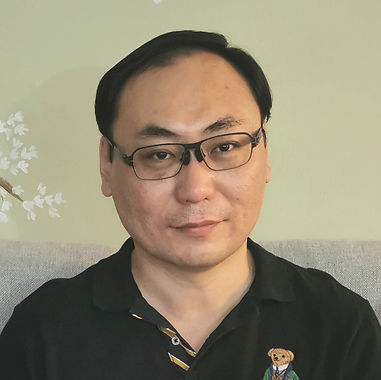 Johnny Shi R.Ac.jpg