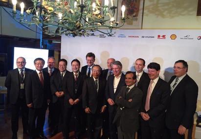 No Fórum Econômico Mundial, em Davos, é criado o Conselho do Hidrogênio.