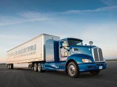 TOYOTA anuncia desenvolvimento de sistema de célula a combustível para caminhões de grande porte.