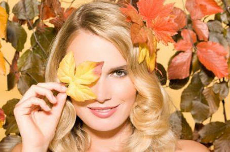 Spotlight on Autumn - Change Your Skincare Routine with the Seasons!