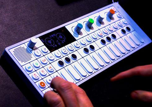 teenage-engineering-op-1-synthesizer_edi