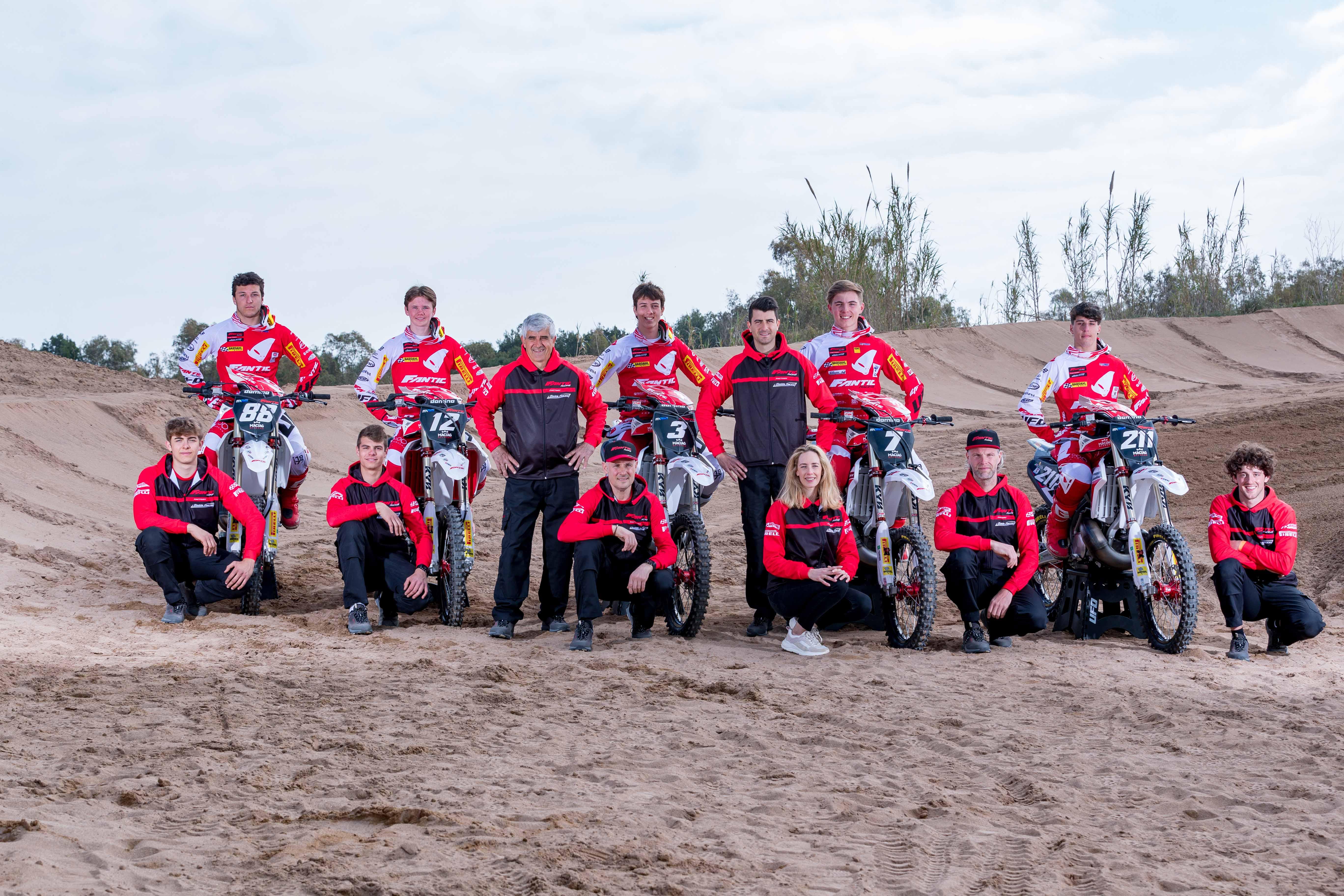 Team Fantic Factory Maddii Racing -2812.