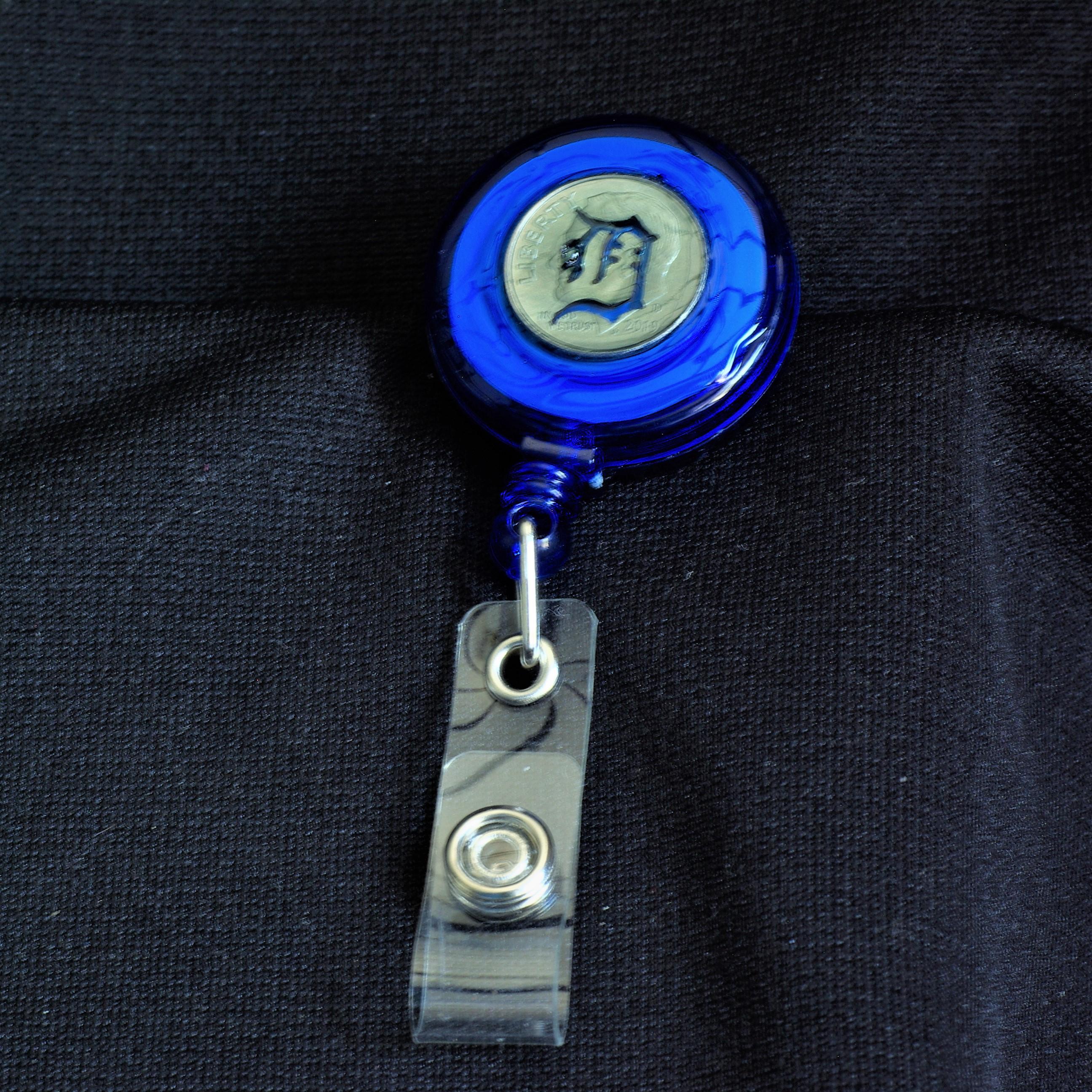 Badge Pull