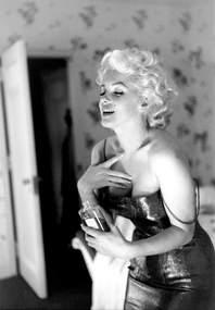 Marilyn Monroe by Ed Feingersh 1955 03 v