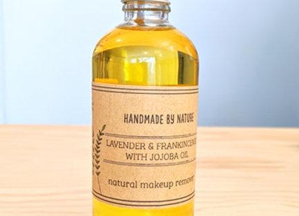 Natural Lavender & Frankincense Makeup Remover