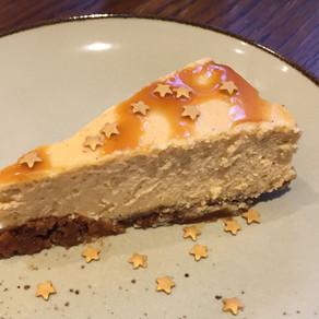 Saftiger Süßkartoffel-Cheesecake Mit Karamell und Zimt