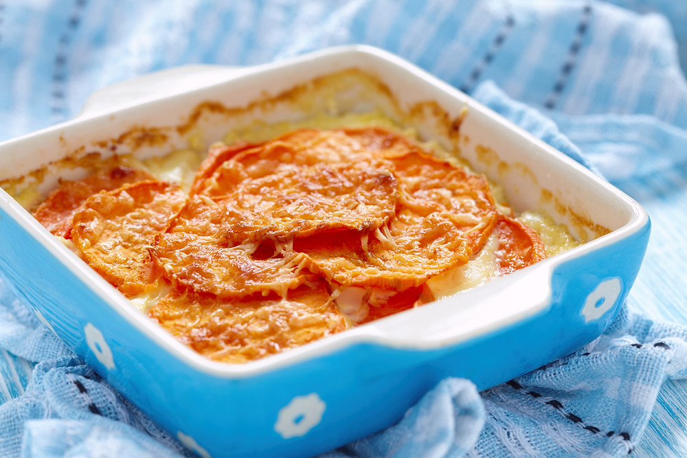 Sönkes Süßkartoffeln Zweierlei Kartoffel-Gratin Süßkartoffel-Gratin Süßkartoffel-Auflau Sönkes Bio-Süßkartoffel