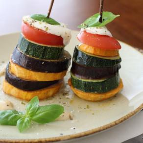 Süßkartoffel-Gemüse-Türmchen