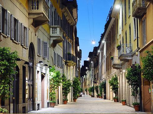 Via-della-Spiga-2.jpg