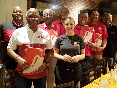 Tampa Alumni Celebrates Chapter Night Out