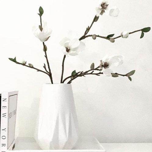 Aster Vase Gloss White
