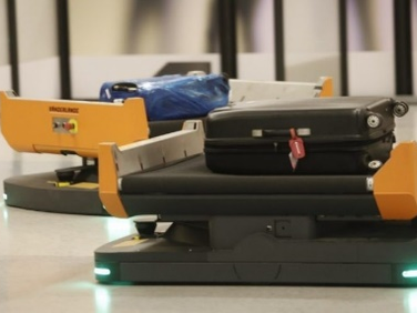 Dallas Fort Worth Airport Testing Mobile Baggage Robots