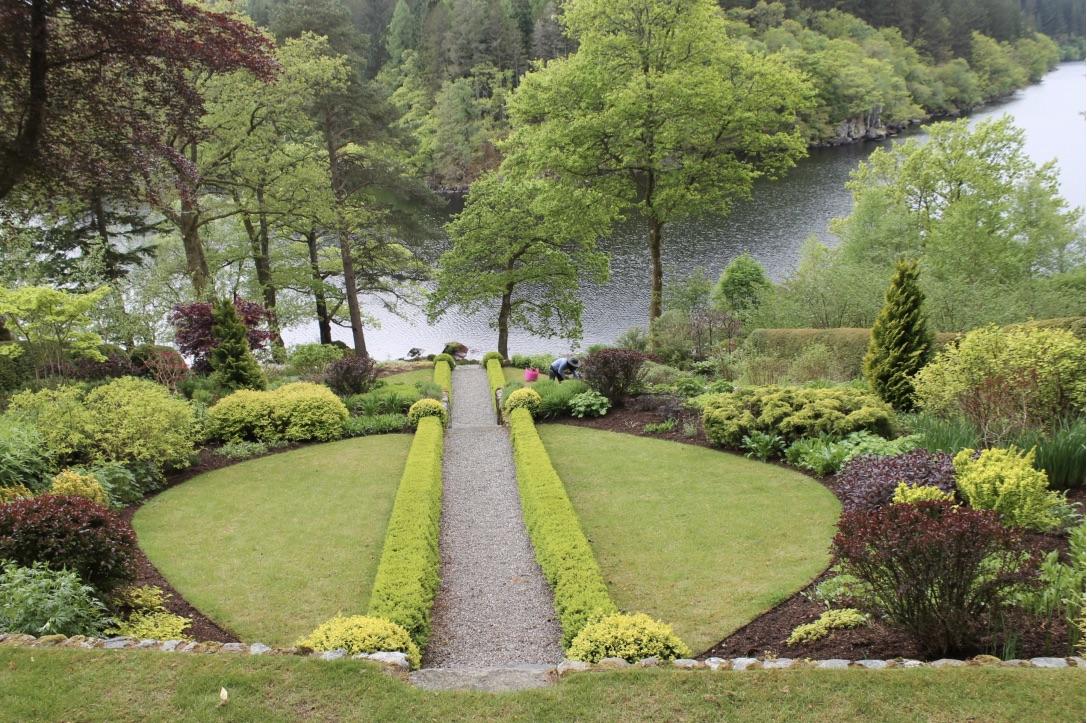 Dun Dubh formal garden