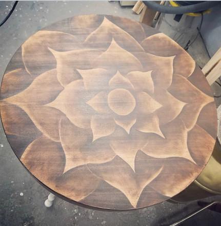 flower top table.jpg