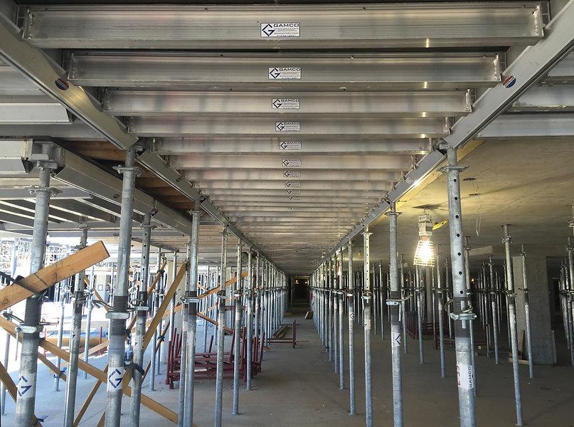 Dropshore concrete shoring system