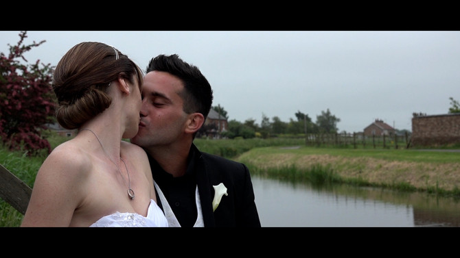 My top 3 tips on how to achieve a natural looking wedding film