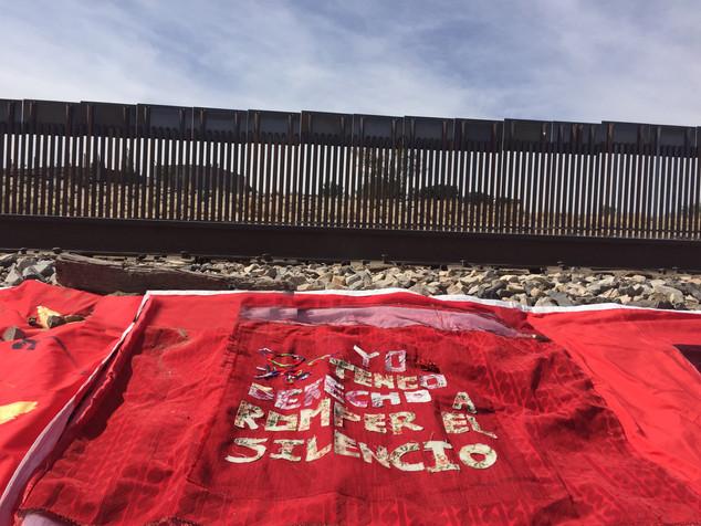 Protesta contra violencia sexual en la frontera