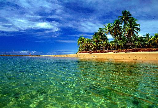 A-Praia-de-Taipus-de-Fora-chama-a-atençã