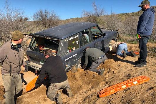 001-nena-knows-jeeps-lead-stuck-scenario