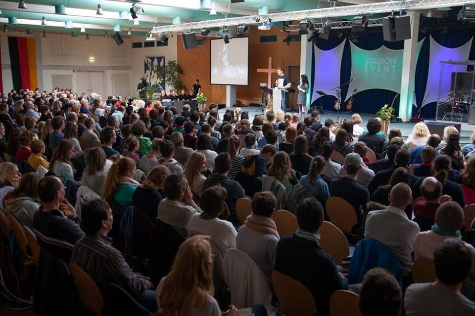 Über 800 Teilnehmer