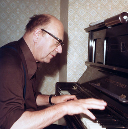 Avantgardist Hermann Meier am Klavier 1979