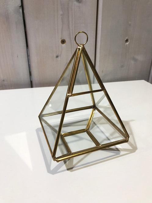 LOC213 - Pyramide Or 10.5x16cm