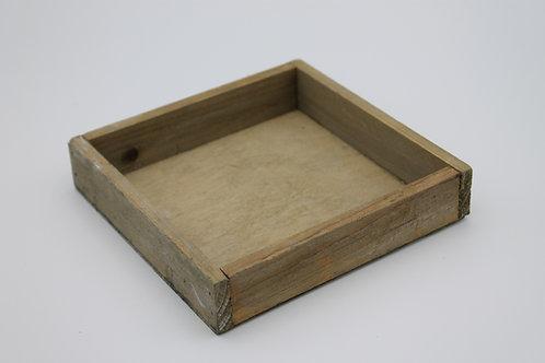 LOC240 - Centre de table bac bois 14x14cm