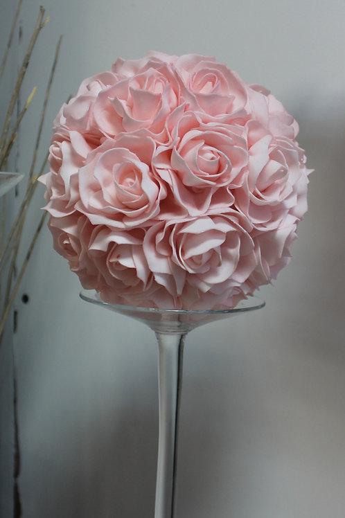 LOC169 - Boule de roses 20cm