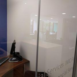 glass screen joint.jpg