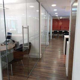 glass screens jobs.jpg