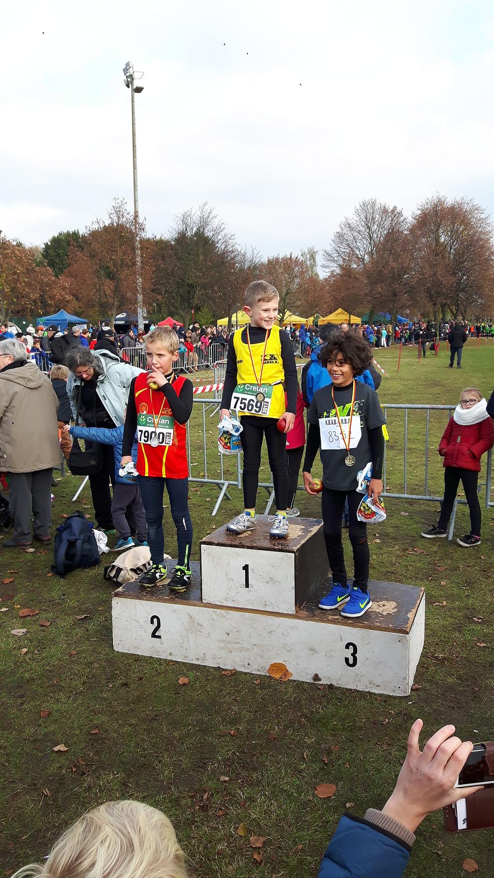 Amin Benchellal is supertrots op zijn medaille!