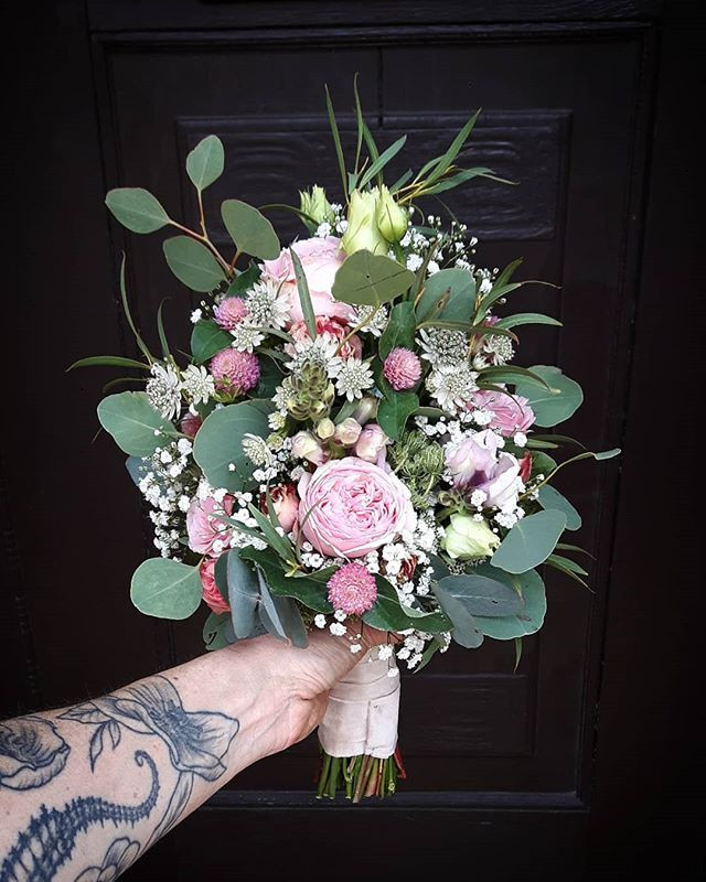 Weddingtime 😄💞❣ #bridalbouquet #brauts