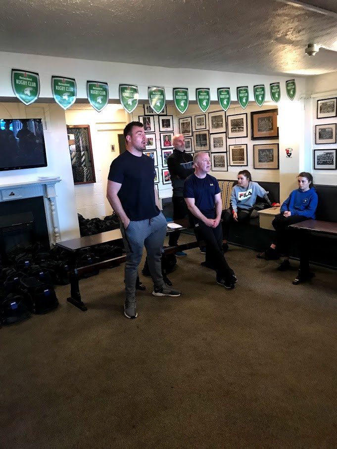 Niall Scannell speaking to U-12's