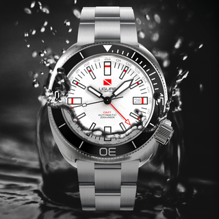 White Ligure Watch GMT.png