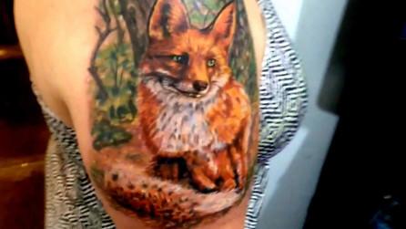 Sly Fox shoulder tattoo by Jarris Vonzombie.mp4
