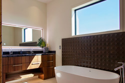 POH-master-bath