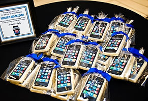 Cell phone cookie favors