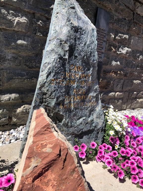 Das Grab von Zuckmayer 2.jpg