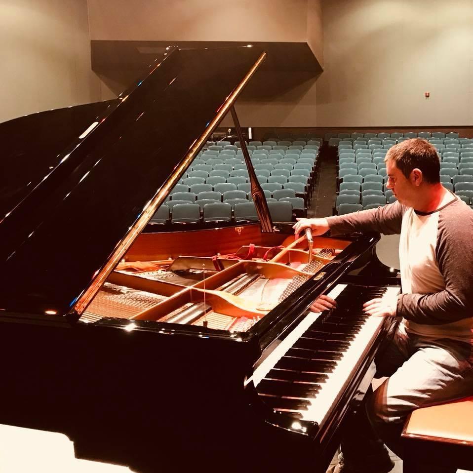 Concert tuner Jonathon King